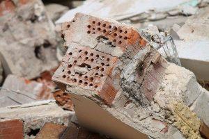 Briques d'un mur démoli